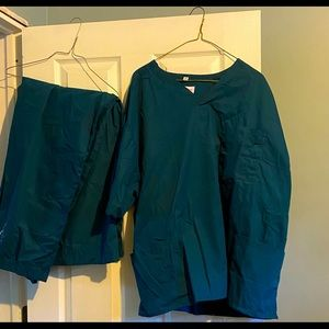 Two piece teal color scrub set
